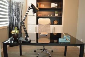 Что входит в комплект офисной мебели